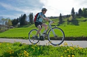 balade en vélo électrique à la montagne