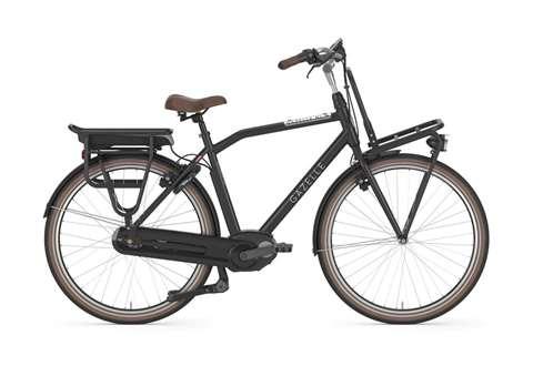Lui aussi très caractéristique des vélo hollandais. il a troqué ses suspension par des pneu ballon, et est équipé d'un porteur avant la encore un accessoires, typique des vélo Hollandais